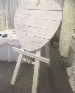Heart Easel For Hire
