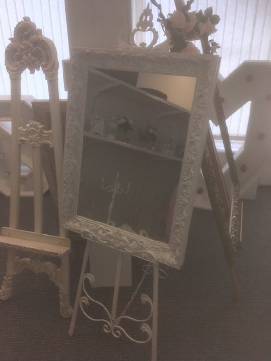 Small Shabby Chic Mirror & Metal Easel for hire